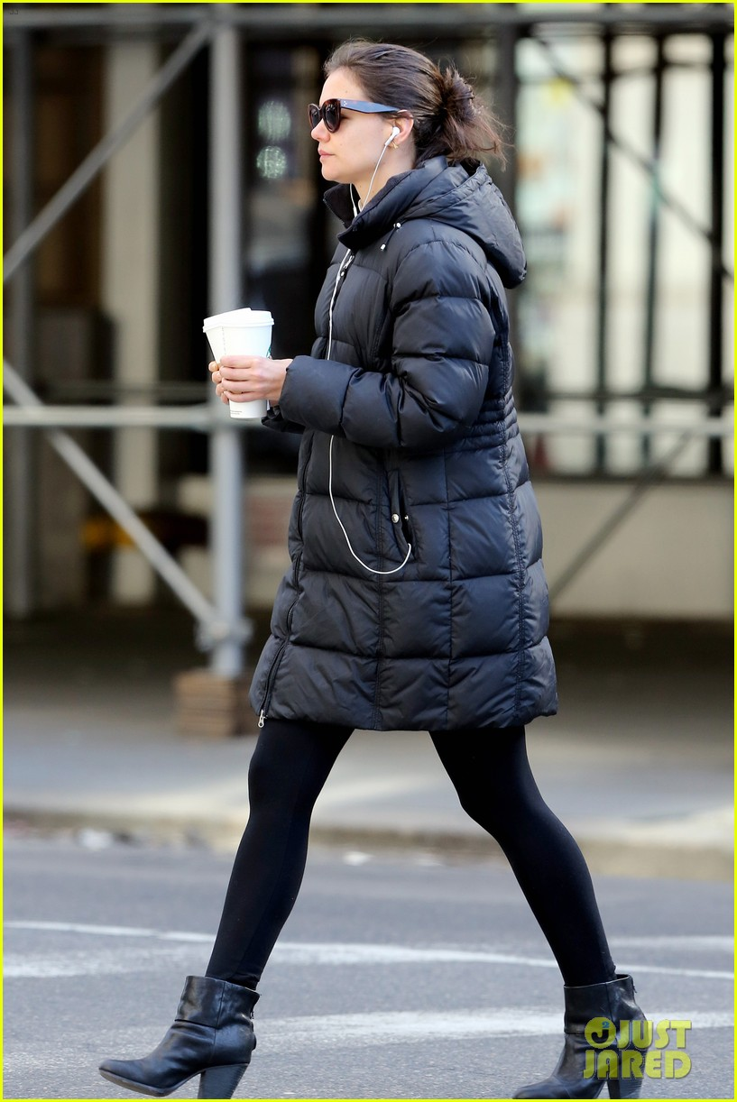 katie holmes new york has been very good to suri me 033063258