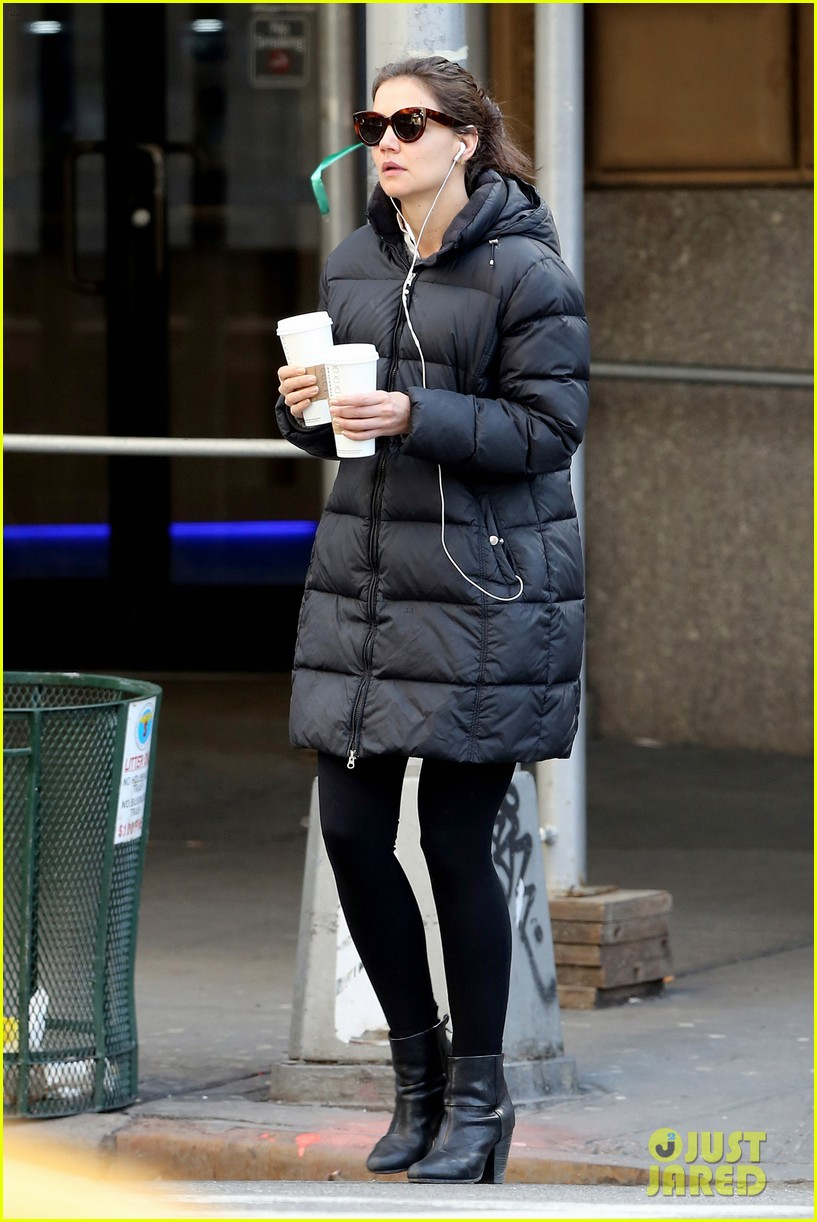 katie holmes new york has been very good to suri me 11