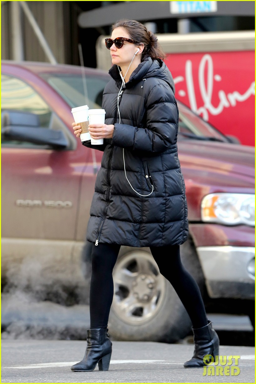 katie holmes new york has been very good to suri me 243063279
