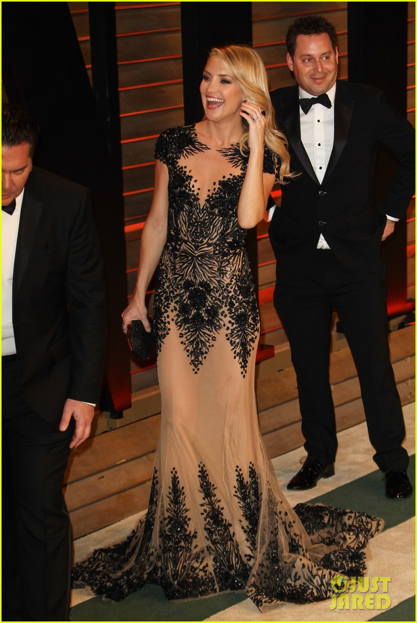 kate hudson vanity fair oscars party 2014 01