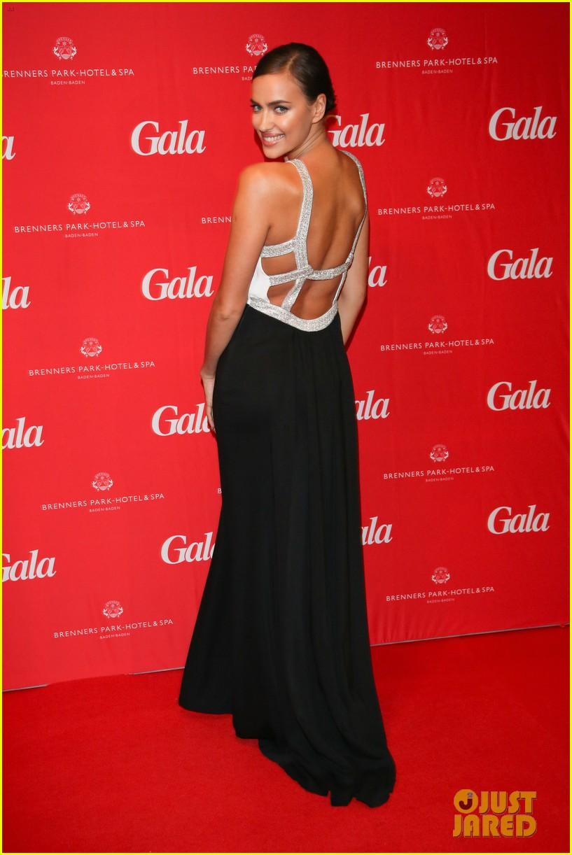 irina shayk assets plunging neckline gala spa awards 2014 033072736