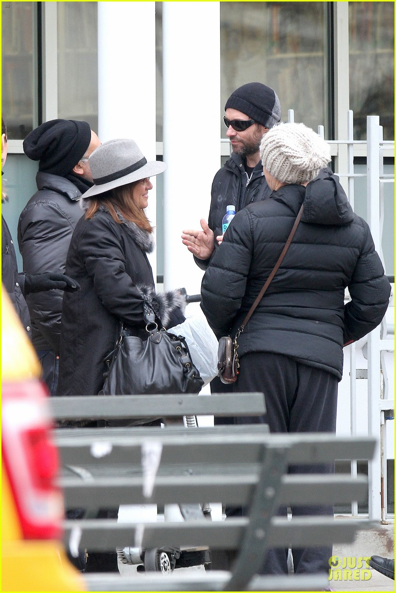 hugh jackman gives a sweet kiss to deborra 143068421