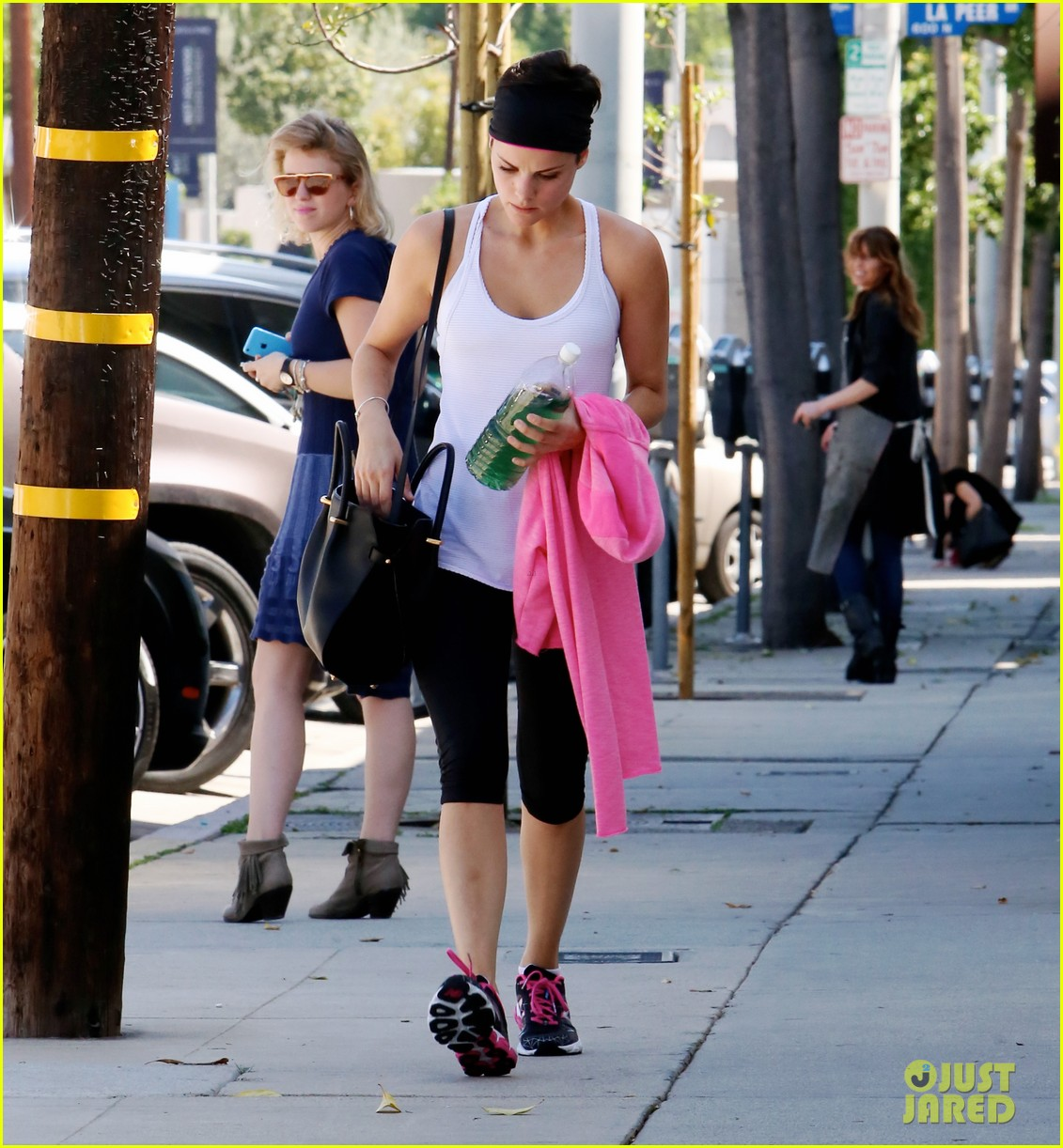 jaimie alexander thanks boyfriend peter facinelli her fans for a great 30th 053071075