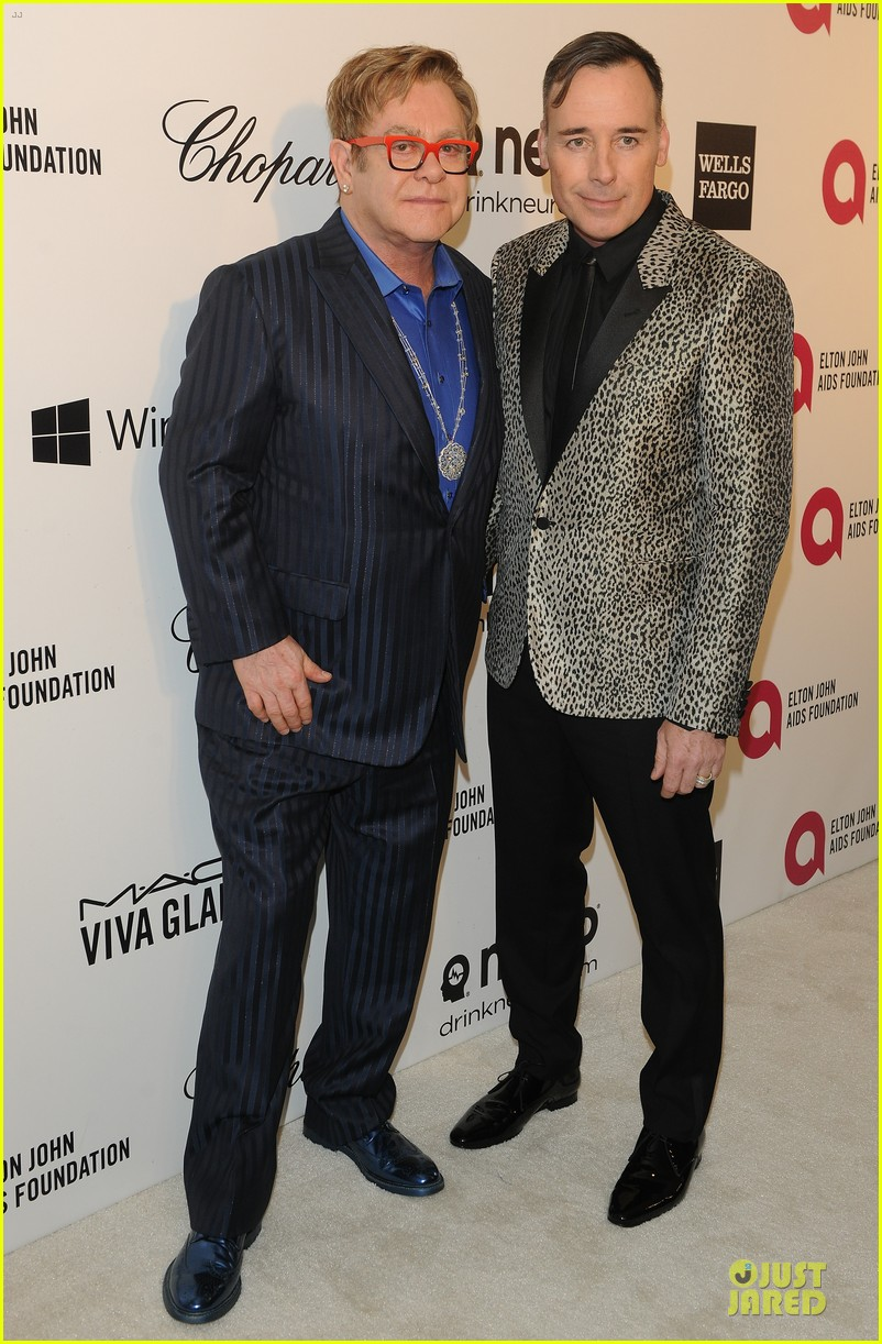 elton john david furnish fierce hosts at annual aids oscars party 2014 073064343