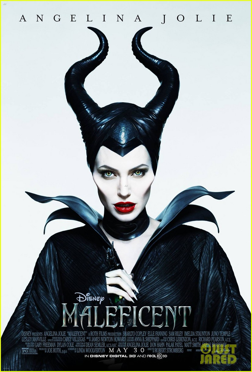 angelina jolie new maleficent poster 023069348