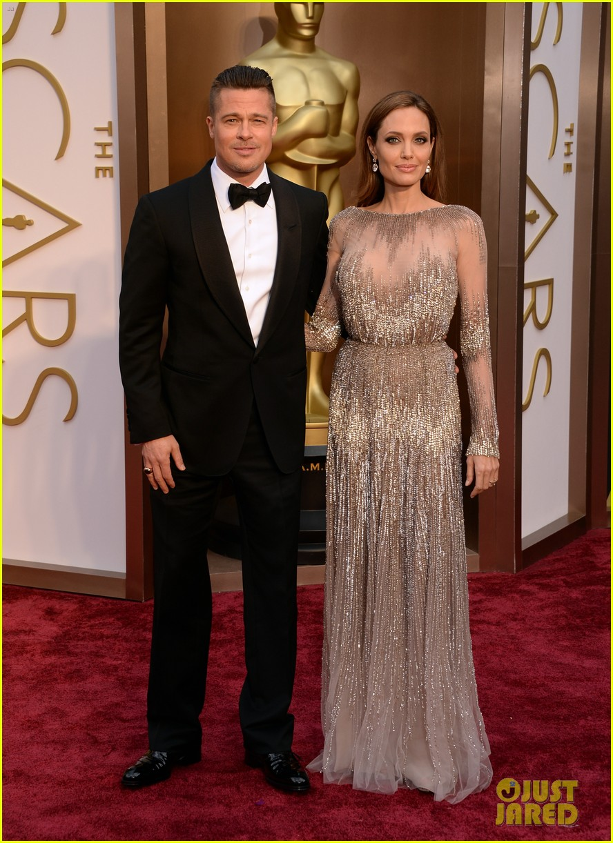 brad pitt angelina jolie oscars 2014 red carpet 01