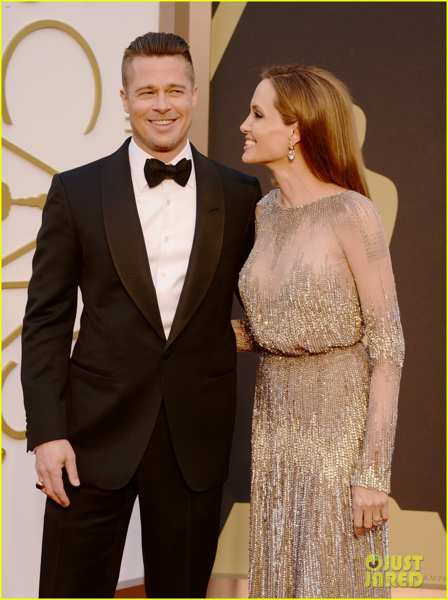 brad pitt angelina jolie oscars 2014 red carpet 10