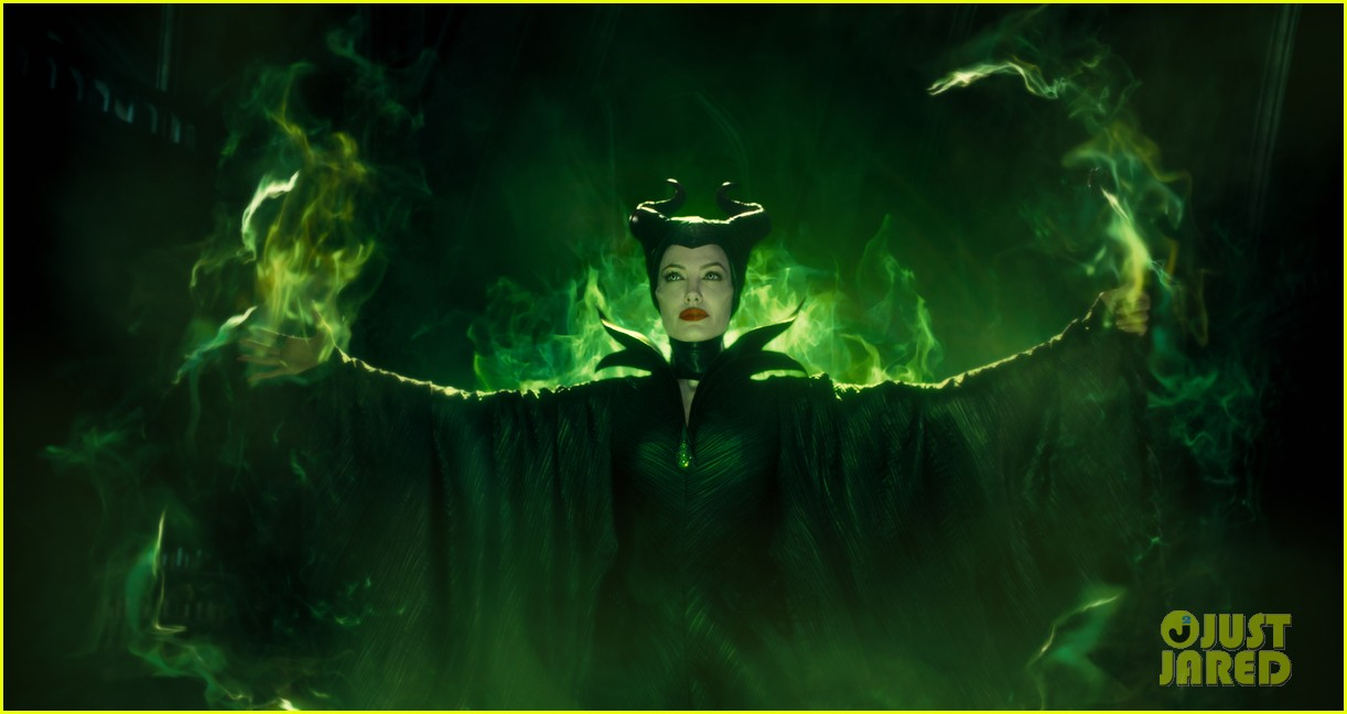 angelina jolie new maleficent trailer stills 01