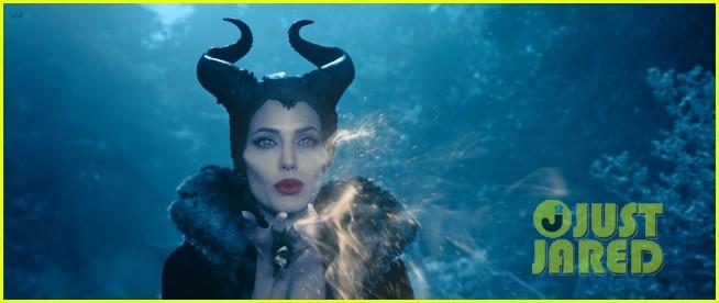 angelina jolie new maleficent trailer stills 133073361