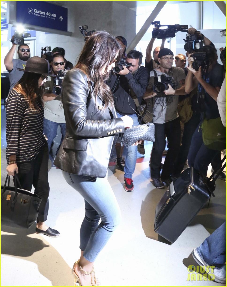 kim kourtney khloe kardashian back in los angeles after miami trip 233071386