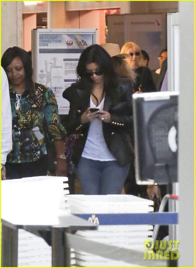 kim kourtney khloe kardashian back in los angeles after miami trip 333071396