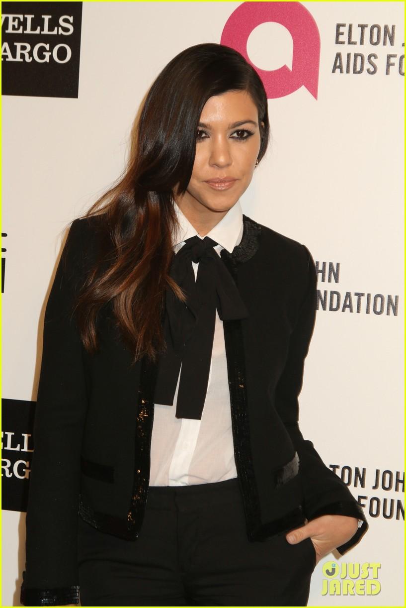 kardashian sisters kris jenner elton john oscars party 2014 043064806