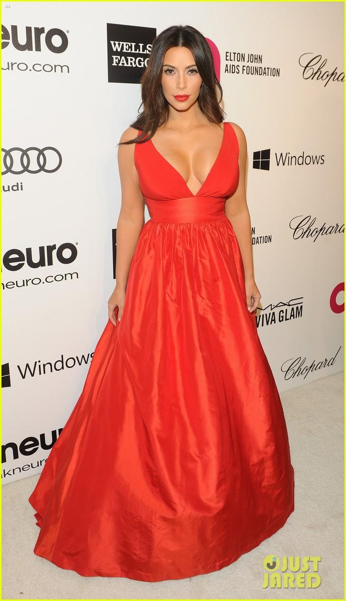kardashian sisters kris jenner elton john oscars party 2014 053064807