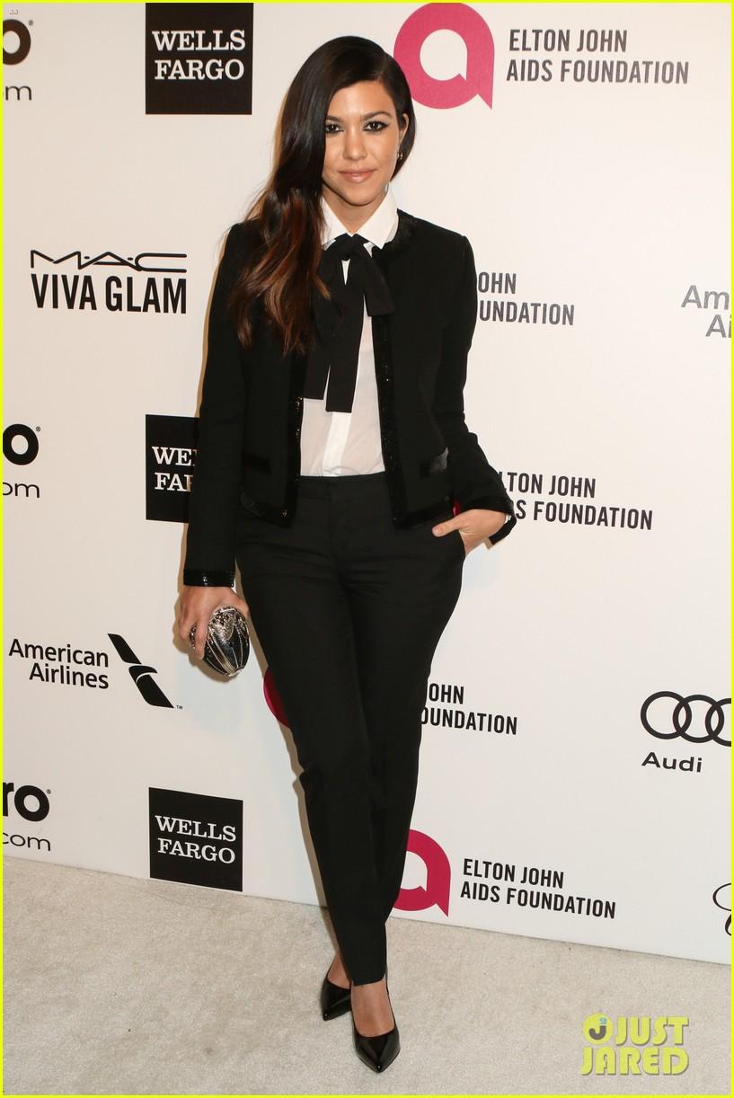 kardashian sisters kris jenner elton john oscars party 2014 153064817
