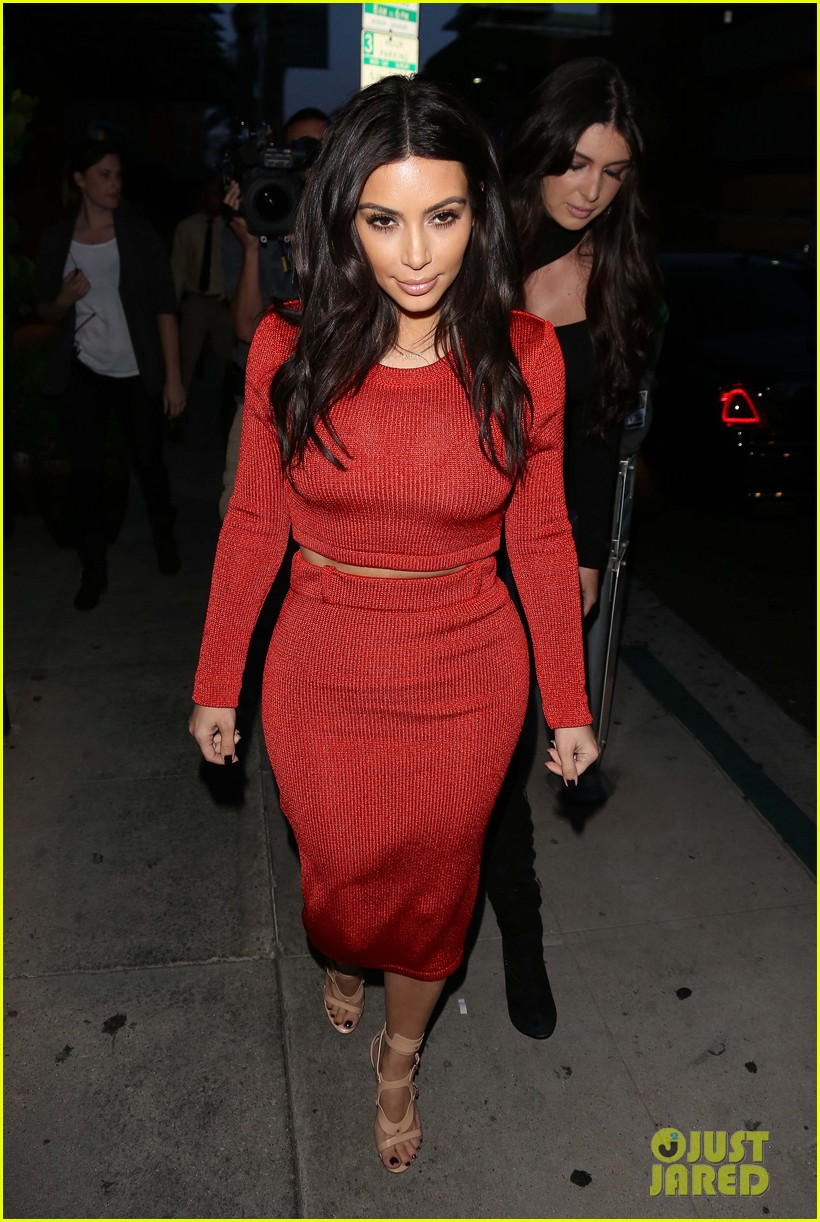 kim kardashian not really good at makeup 053075108