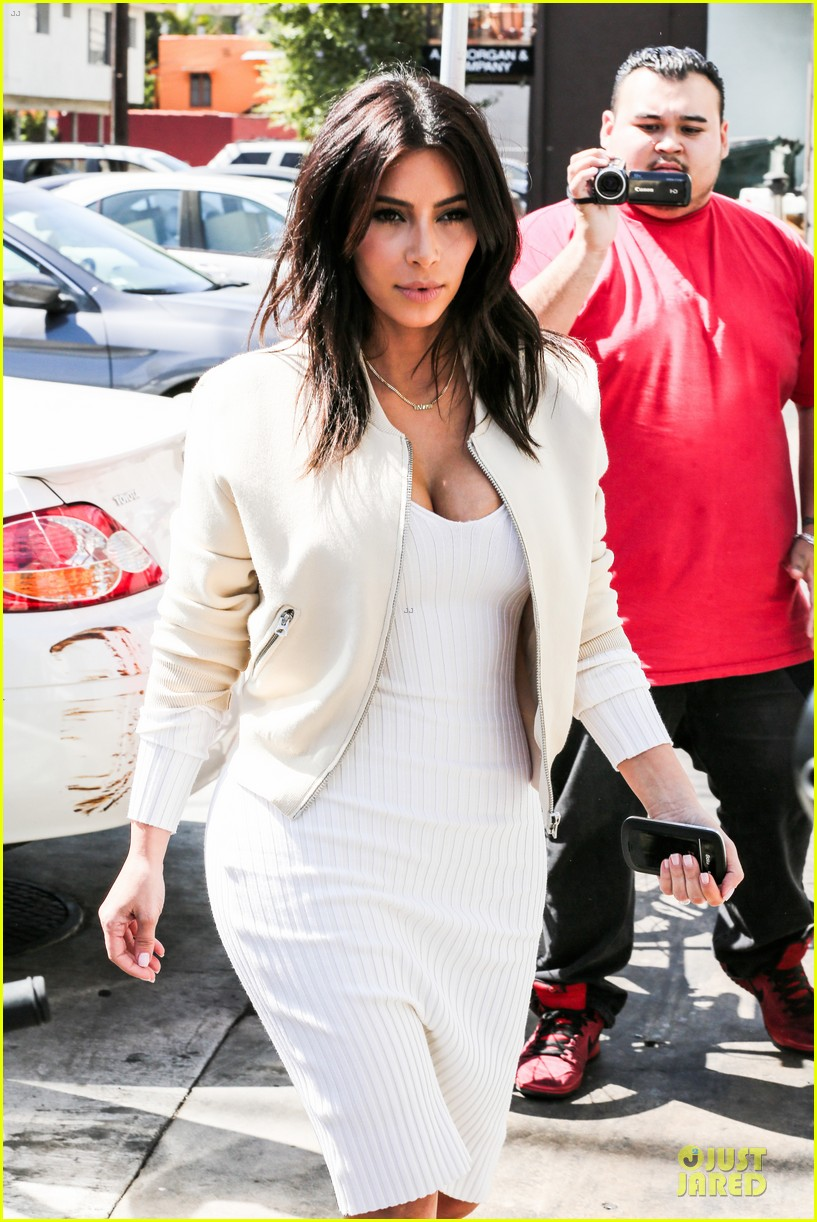 kim kardashian gets ready for summer with white dress 053072581