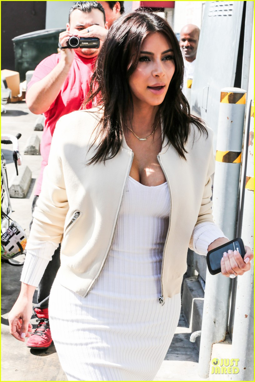 kim kardashian gets ready for summer with white dress 103072586