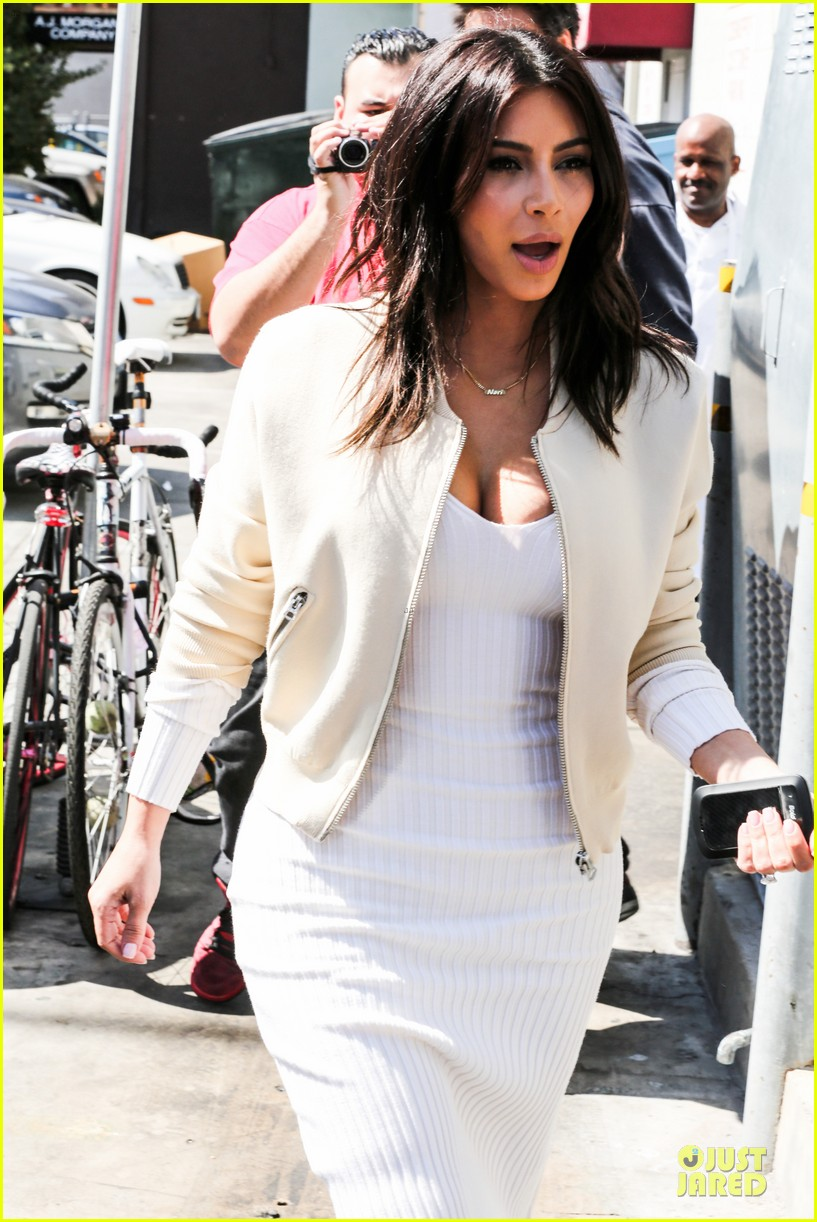 kim kardashian gets ready for summer with white dress 123072588