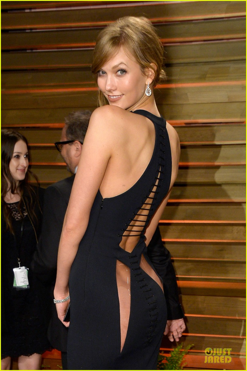 karlie kloss irina shayk vanity fair oscars party 2014 013065469