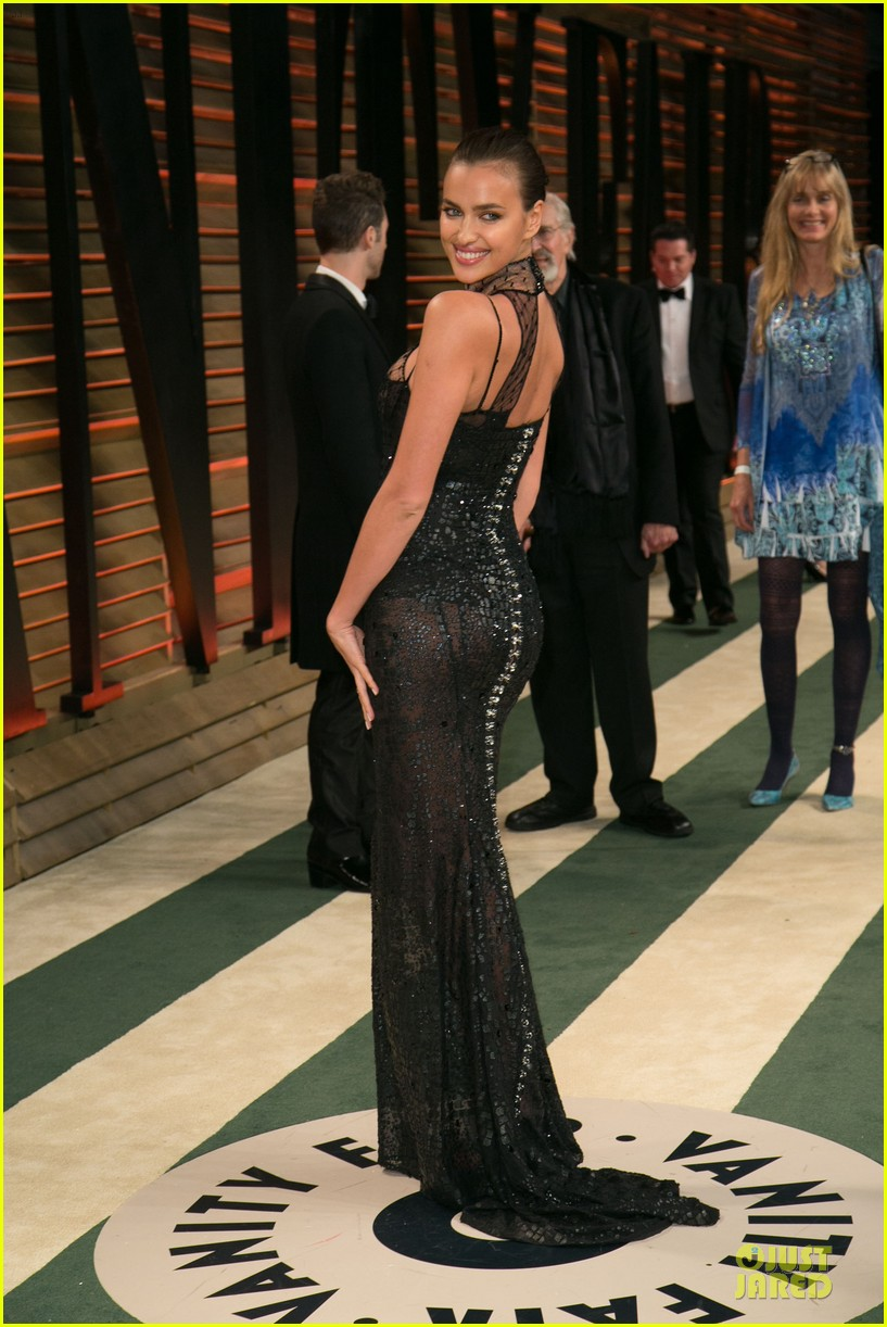 karlie kloss irina shayk vanity fair oscars party 2014 19