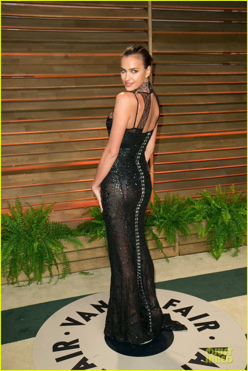 karlie kloss irina shayk vanity fair oscars party 2014 233065491