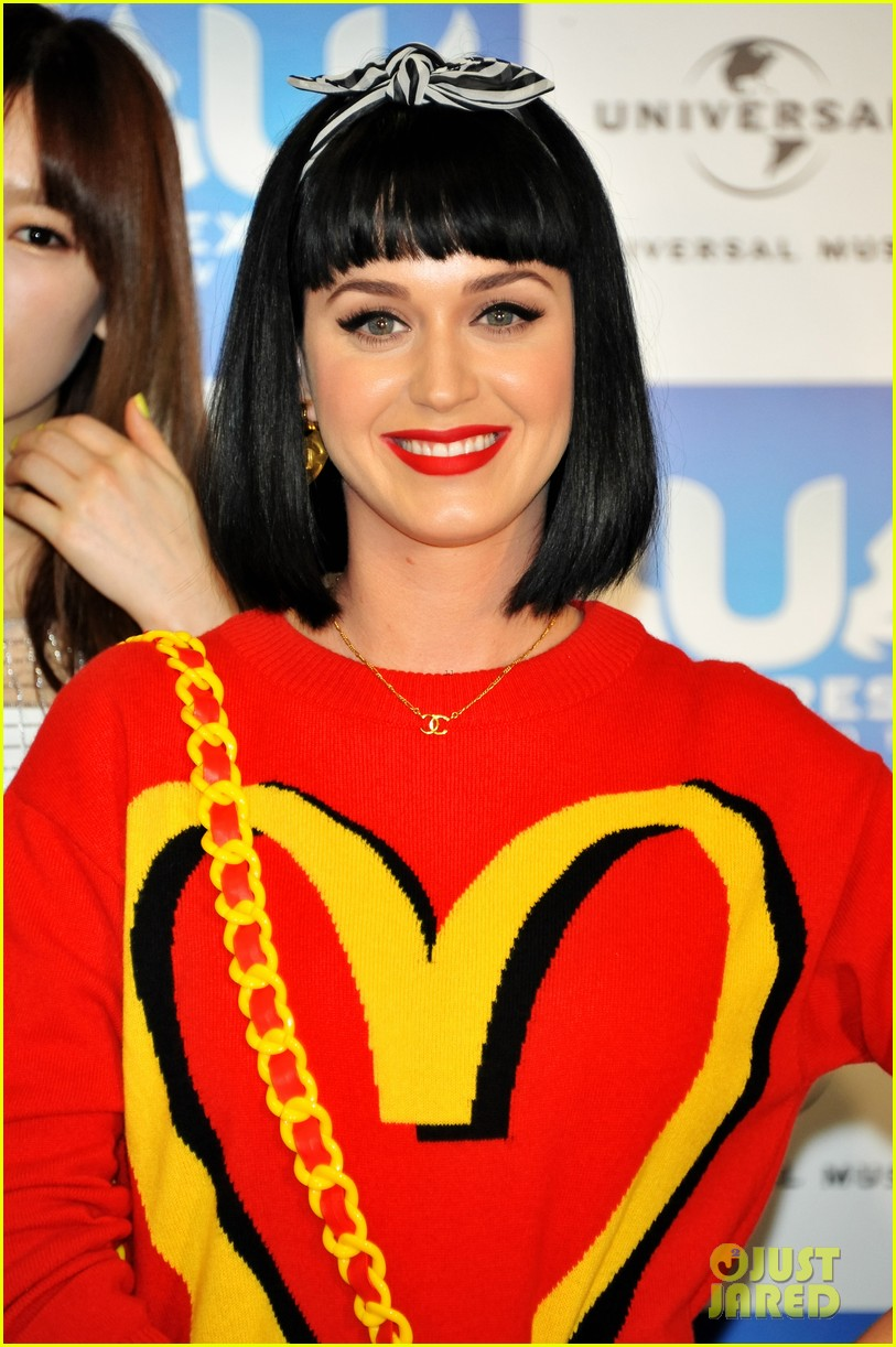 katy perry u express live 2014 press conference japan 033063655