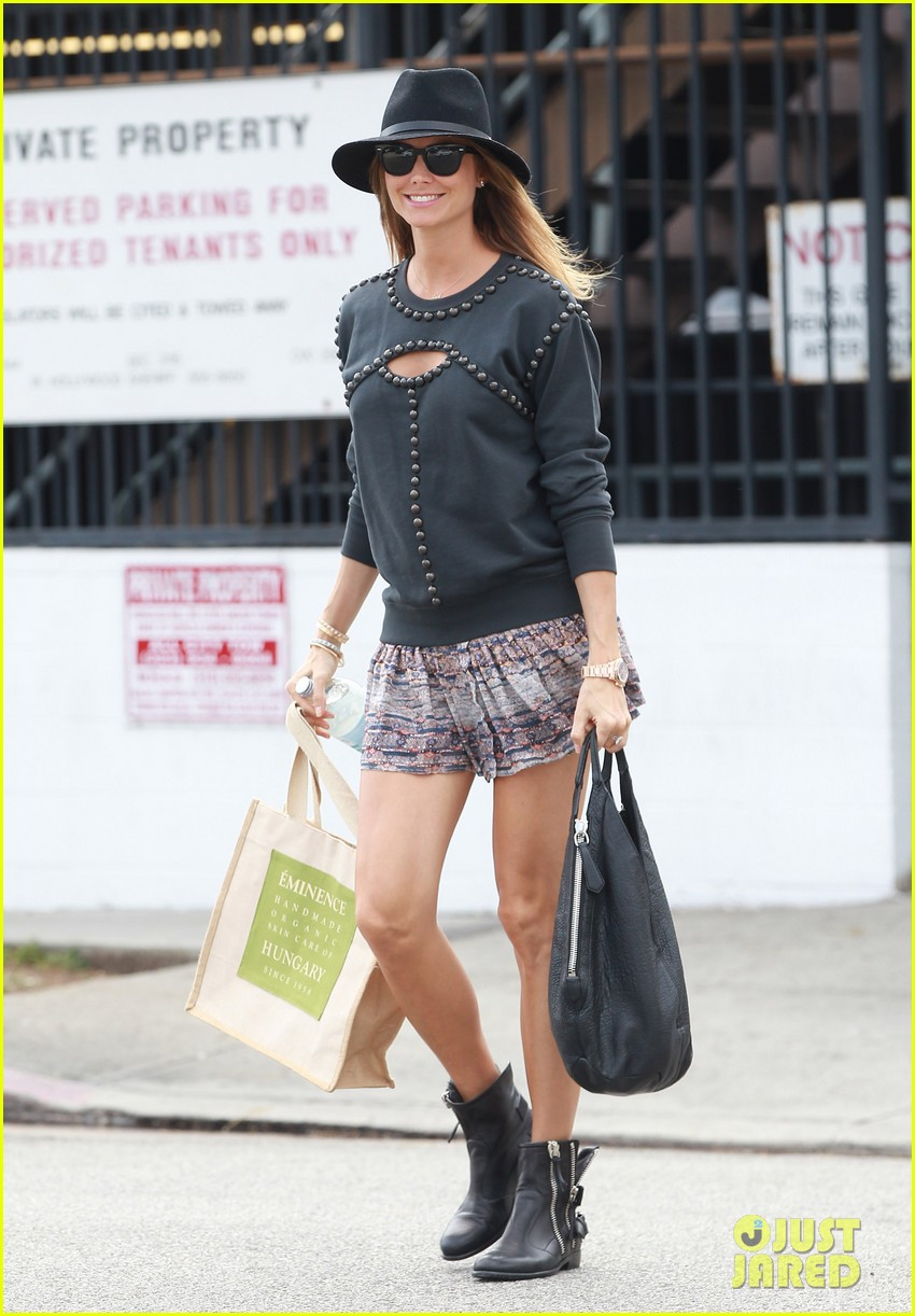 stacy keibler is all smiles in first post pregnancy announcement outing 103078912