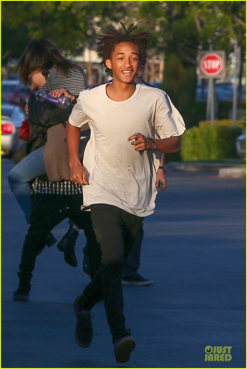 kendall kylie jenner meet up with super excited jaden smith 033072195
