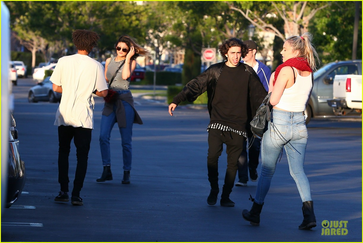 kendall kylie jenner meet up with super excited jaden smith 193072211