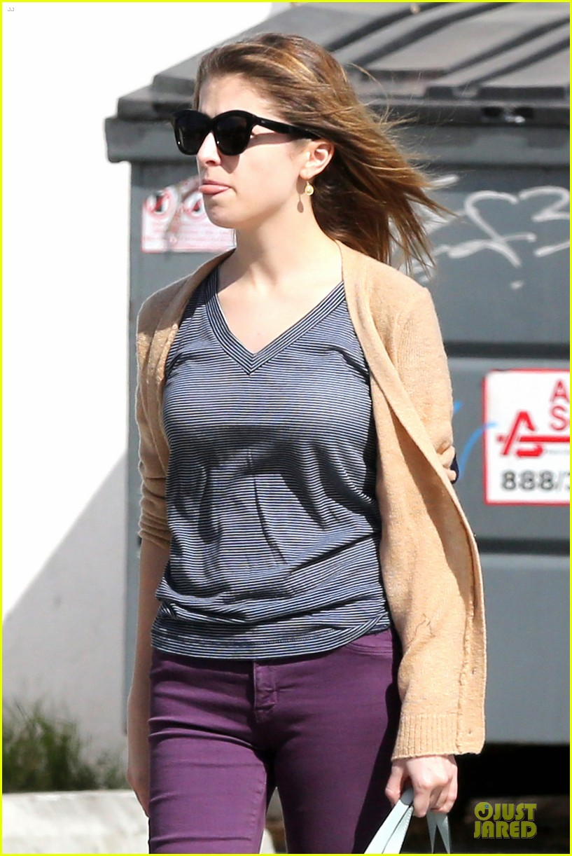 anna kendrick isnt ready to chop off hair 073080770