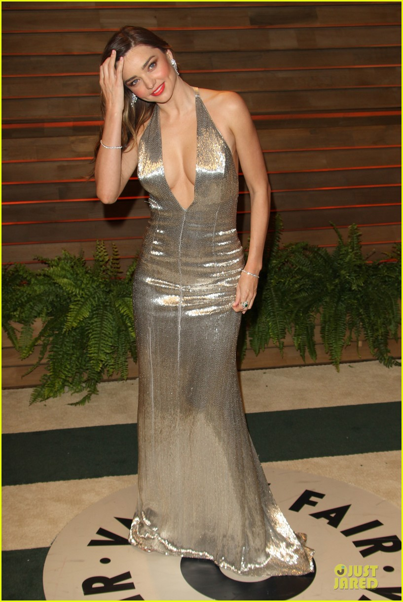 miranda kerr makes sexy entrance with plunging neckline at vanity fair oscars party 2014 113064432
