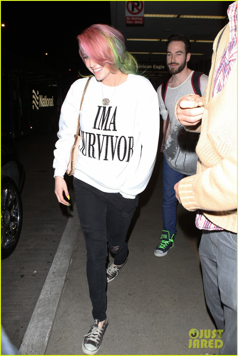 kesha steps out with rainbow hair rehab 21