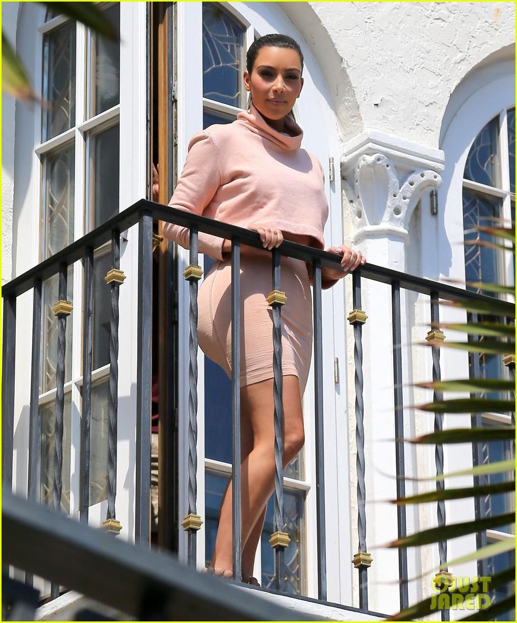 kim kardashian hits miami before dash grand opening 013070518