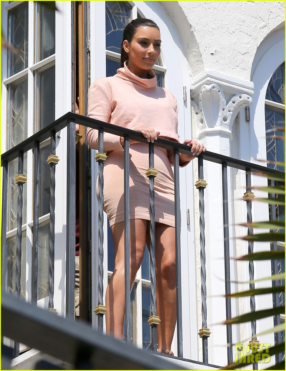 kim kardashian hits miami before dash grand opening 03