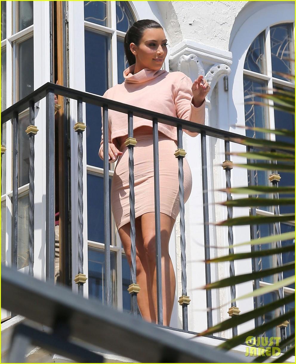 kim kardashian hits miami before dash grand opening 053070523