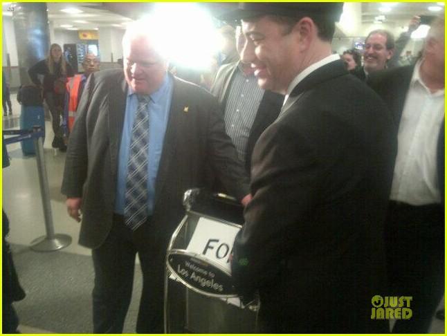jimmy kimmel picks up toronto mayer rob ford at lax airport 043063216