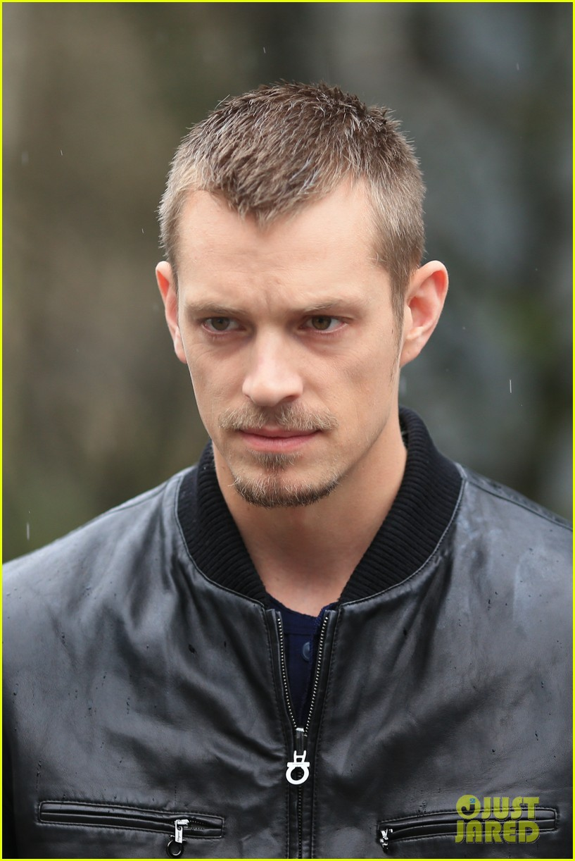 joel kinnaman looks leather jacket cool on the killing set 08