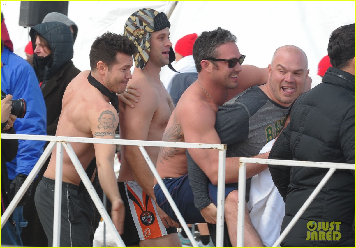 taylor kinney goes shirtless for polar plunge in chicago 023064993