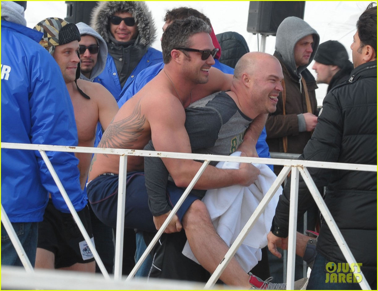 taylor kinney goes shirtless for polar plunge in chicago 063064997
