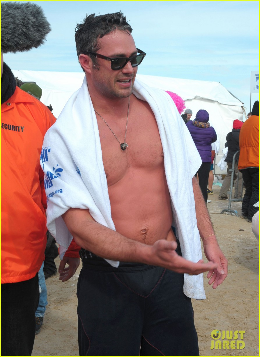 taylor kinney goes shirtless for polar plunge in chicago 123065003