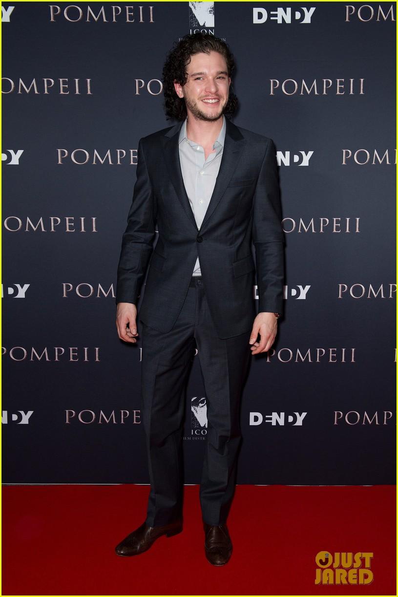 kit harington nicolaj coster waldau make us swoon at pompeii sydney premiere 053067033
