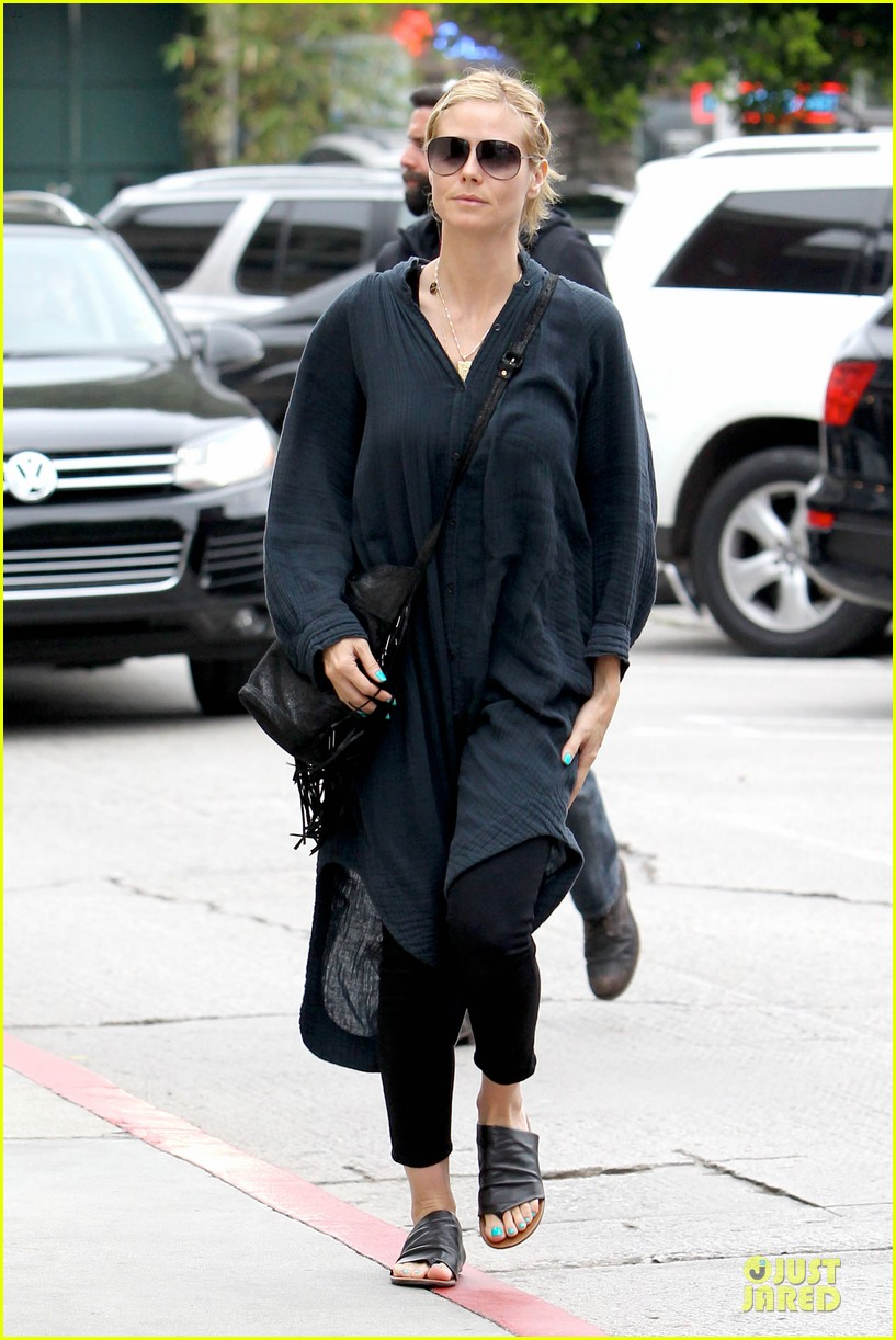 heidi klum shows beauty of being pregnant 013076400