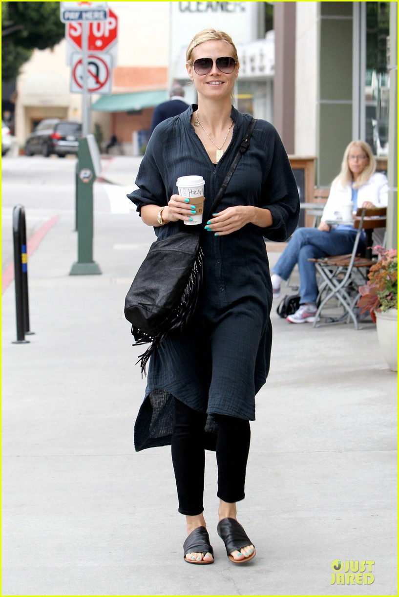 heidi klum shows beauty of being pregnant 153076414