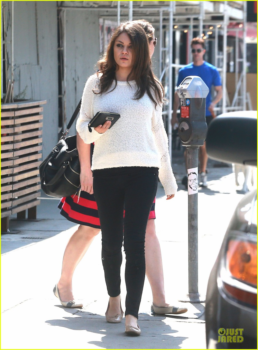 mila kunis brightens up the day with shopping 063072348