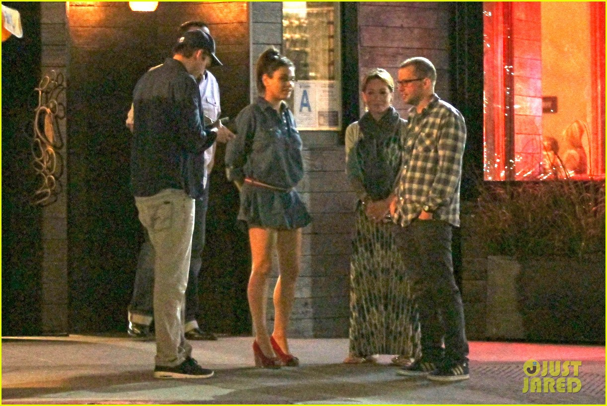 mila kunis ashton kutcher studio city double date 113071065