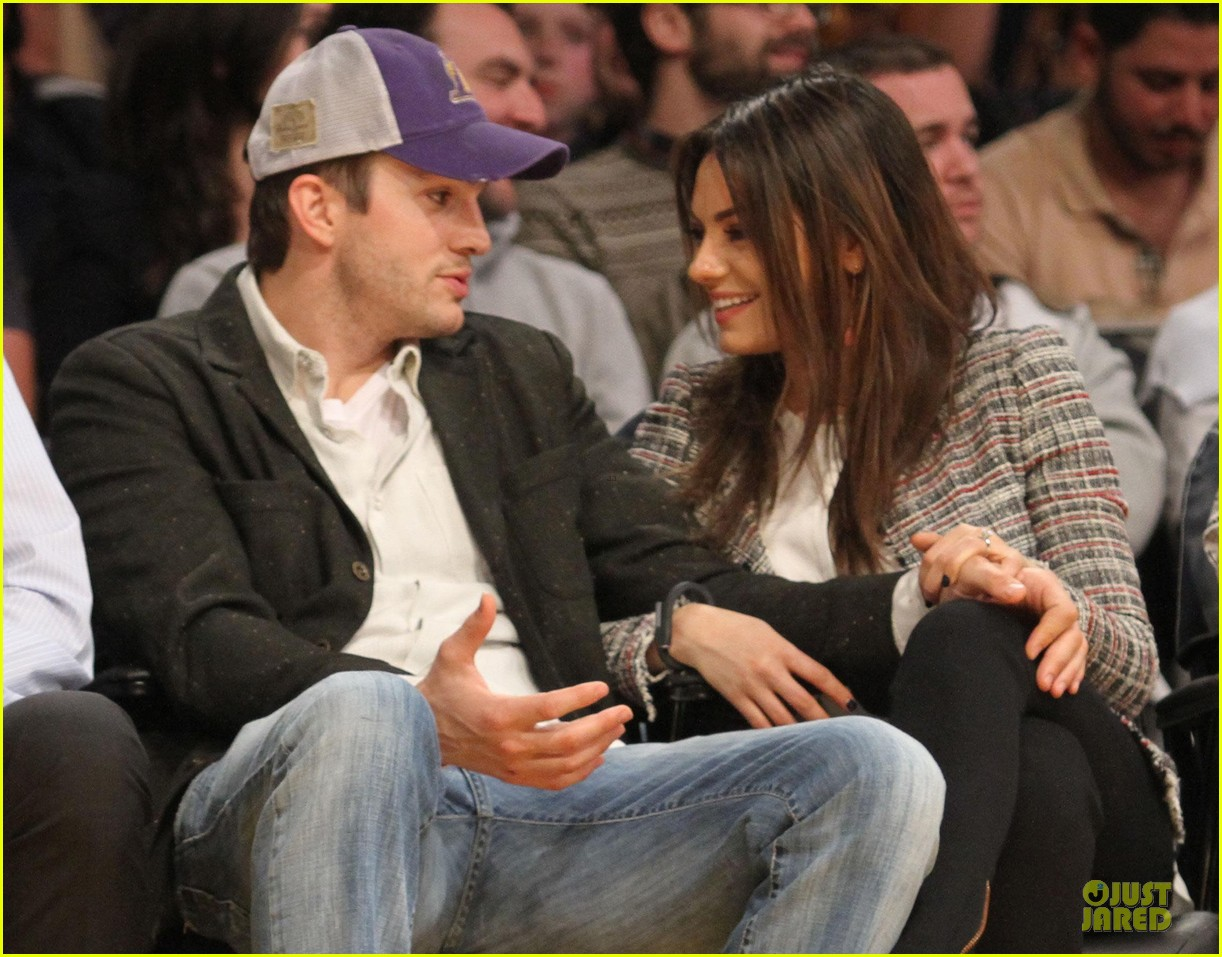 mila kunis will play ashton kutcher love interest 023066309