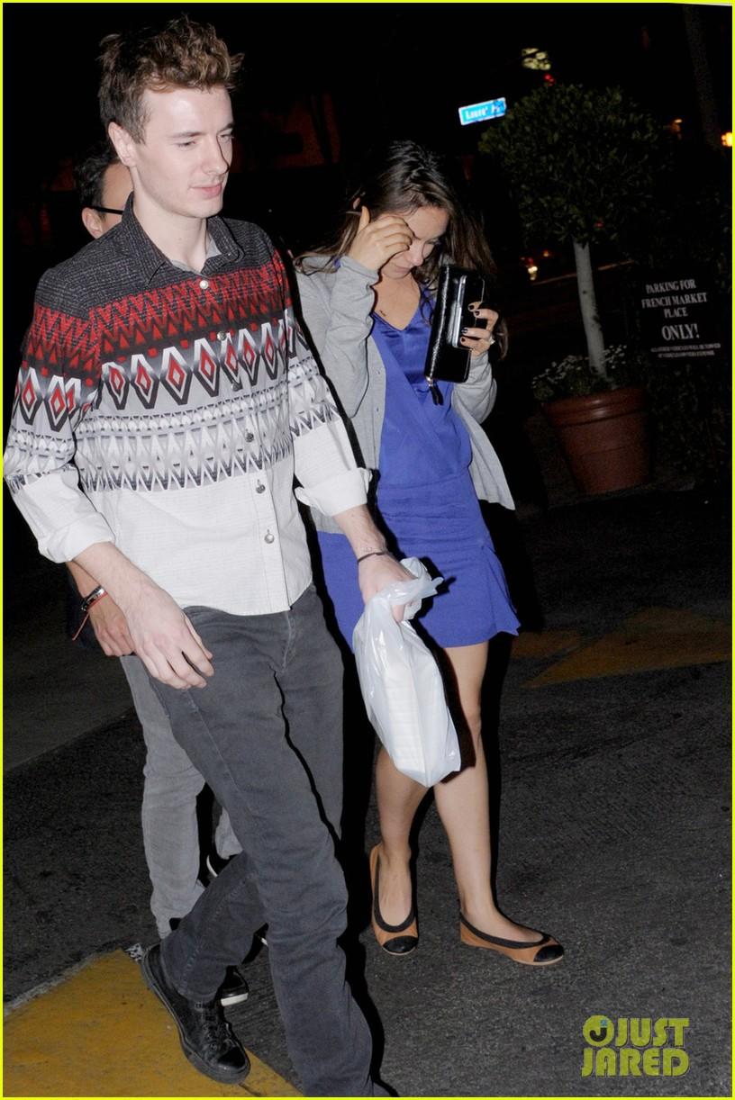 ashton kutcher parties at sxsw mila kunis flashes engagement ring at dinner 033068834