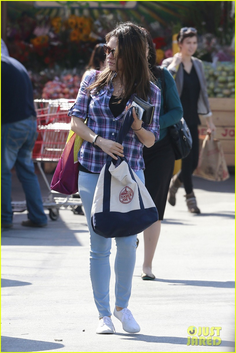 mila kunis keeps casual in plaid for grocery run 053071930