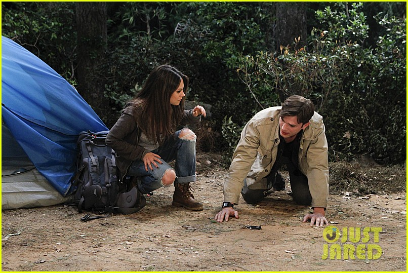 mila kunis ashton kutcher two half men stills 083077842