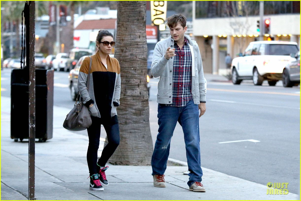ashton kutcher mila kunis grab dinner as newly engaged couple 143065608